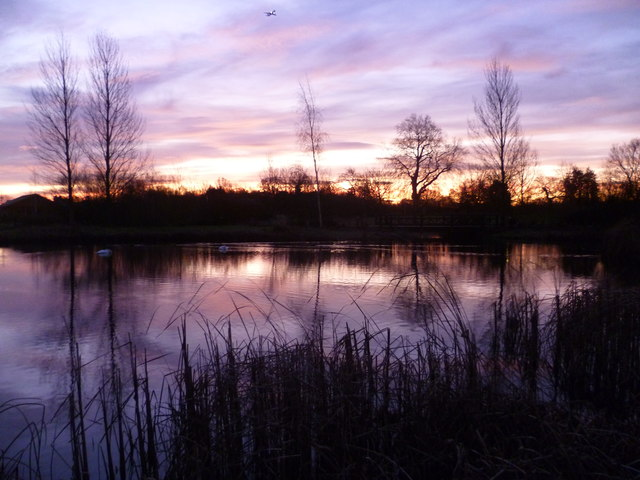 Winter sunrise at the London Wetland Centre