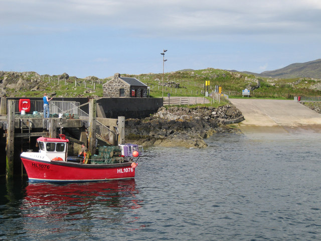 Fishing boat at Mingary Pier