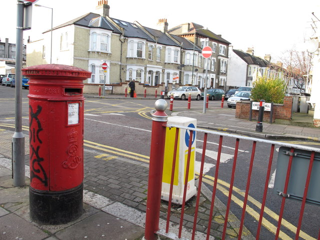 Crownhill Road / Manor Park Road (A404), NW10