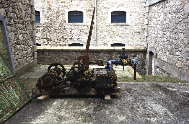 Devonport dockyard - compressed air engine