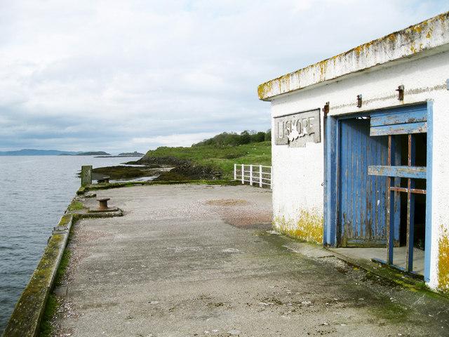 Old steamer pier, Achnacroish
