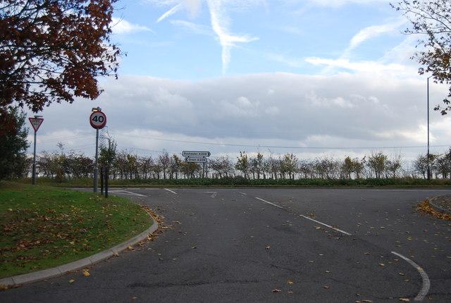 Approaching Grain Rd (A228)