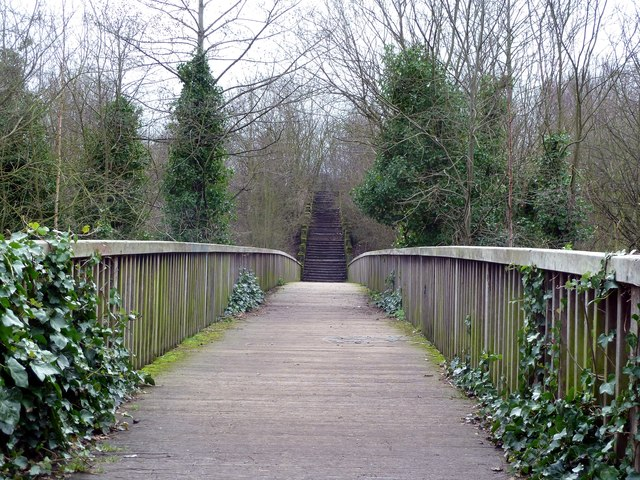 Footbridge to the Dearne Valley Park