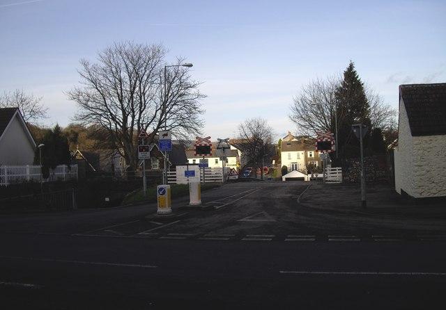 Level crossing, Rhiwderin
