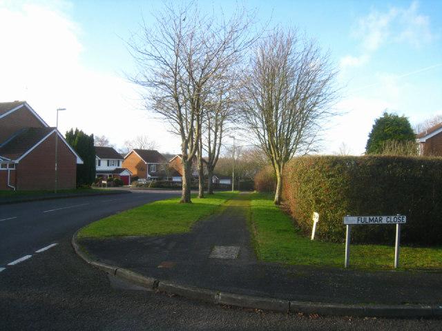 Fulmar Close / Gracemere Crescent