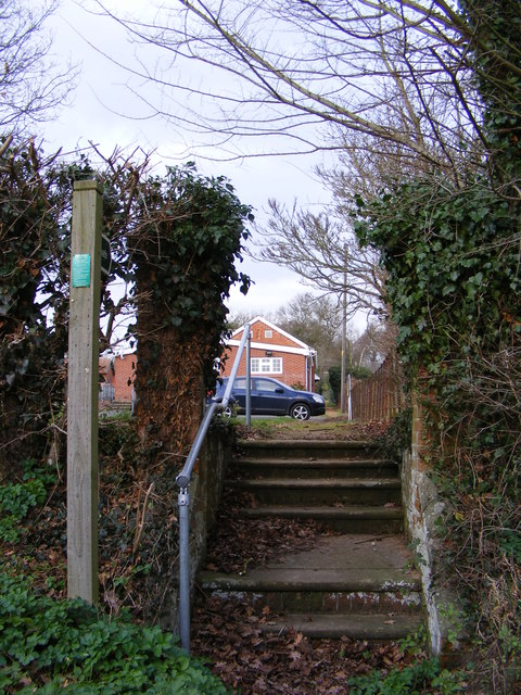 Footpath to Church Lane