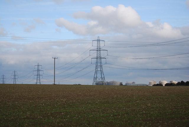 Pylons near Middle Stoke