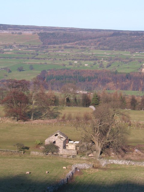 Barn above West Witton