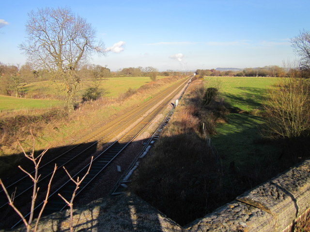 Railway line to Helsby