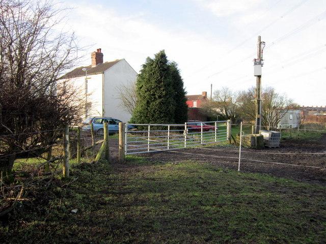 Joining Fenton Road towards Lofthouse Gate