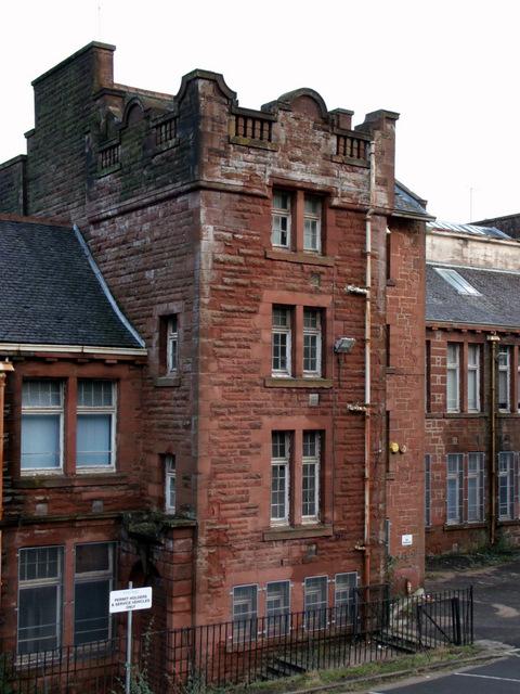 Former school on Highholm Avenue