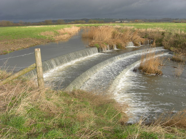 Weir on the river Stour near Marnhull
