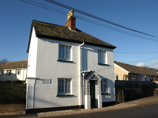 Cottage on A375