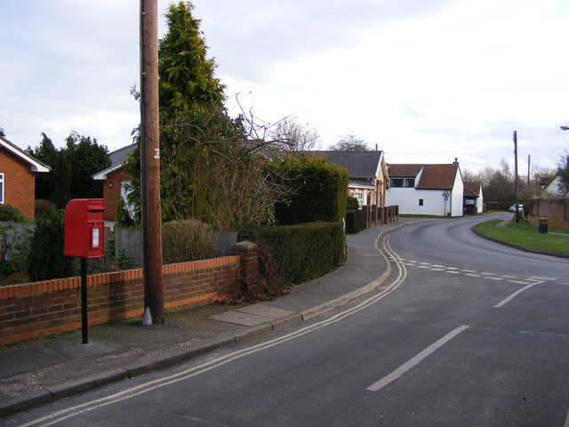 Holly Lane, Rushmere & 2 Holy Lane Postbox