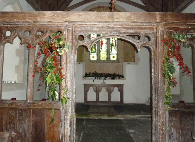 Saint Peter ad Vincula, Colemore- Christmas decorations (v)