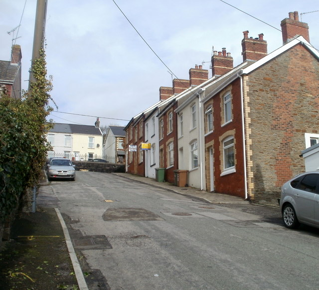 Houses at the top end of Alma Street, Machen
