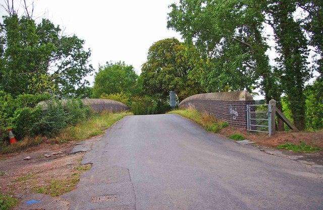 Railway bridge in Rectory Road, near Donington