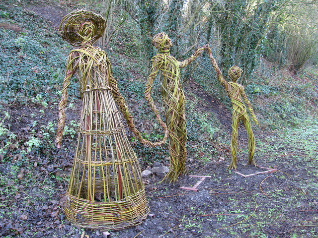 A Family of Willow Statues