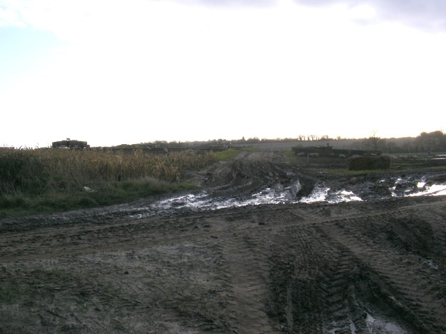 Footpath to Redmere Farm