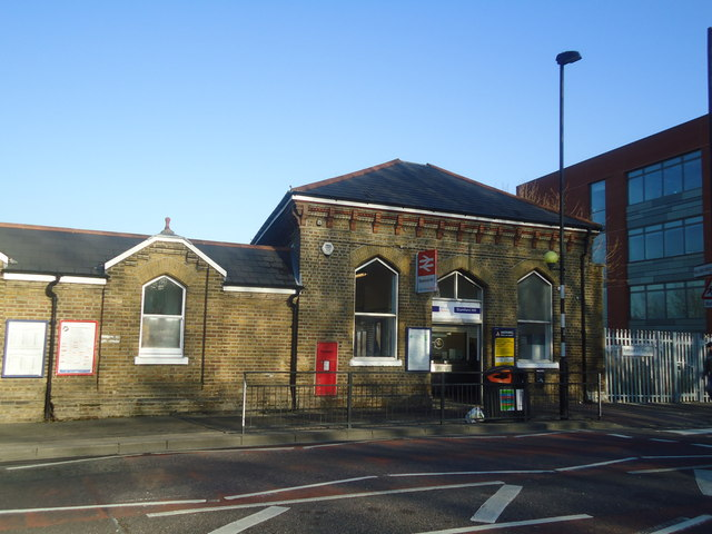 Stamford Hill railway station