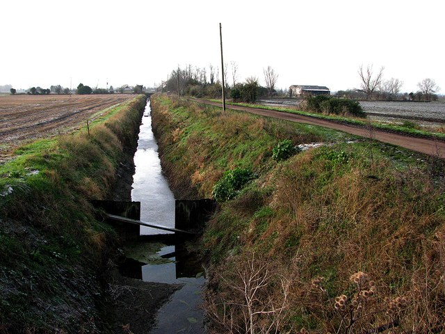 Drain and Long Drove in January