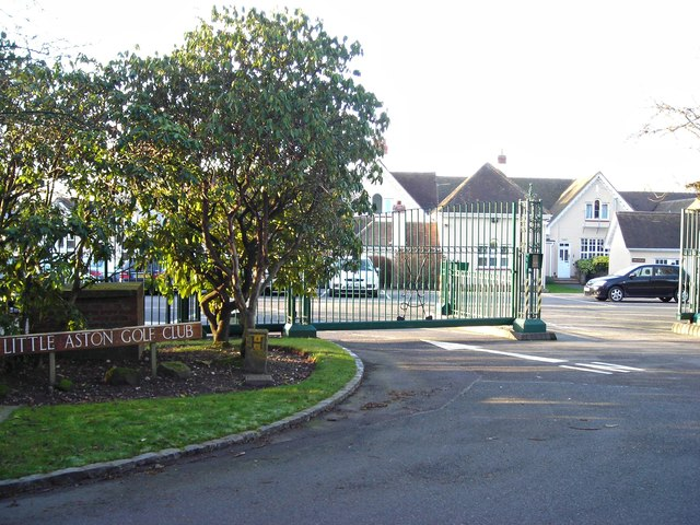 Entrance to Little Aston Golf Club