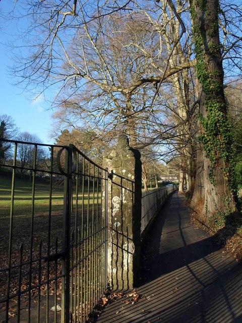 Path alongside Station Road, Sidmouth