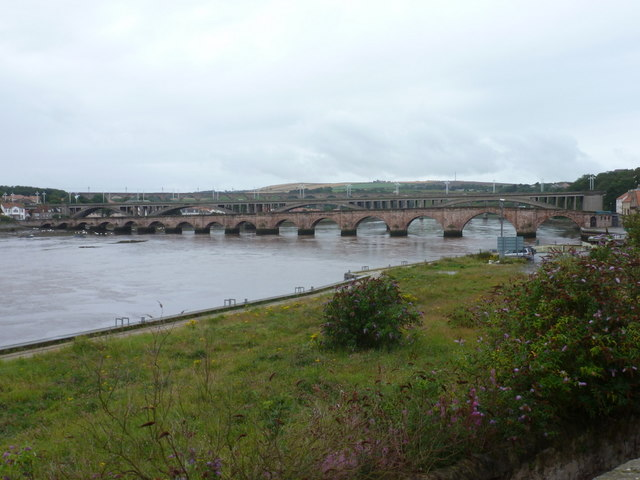 Berwick-upon-Tweed: bridges across the Tweed
