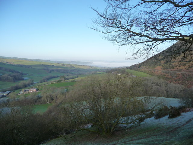 The valley of the Cwm-y-rhiwdre Brook valley in winter