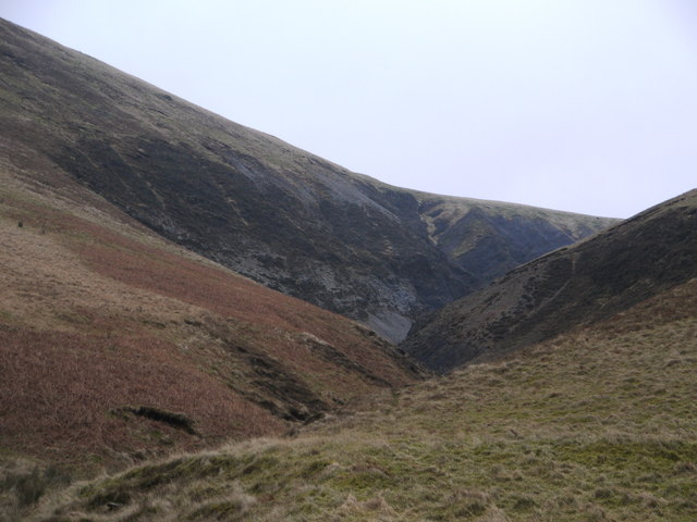The deep cleft of the Spa Well Burn