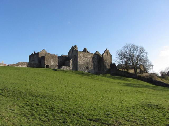Old Beaupre Castle