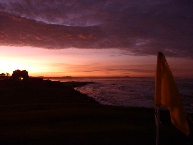 Coastal East Lothian : Sunset at Winterfield Golf Course