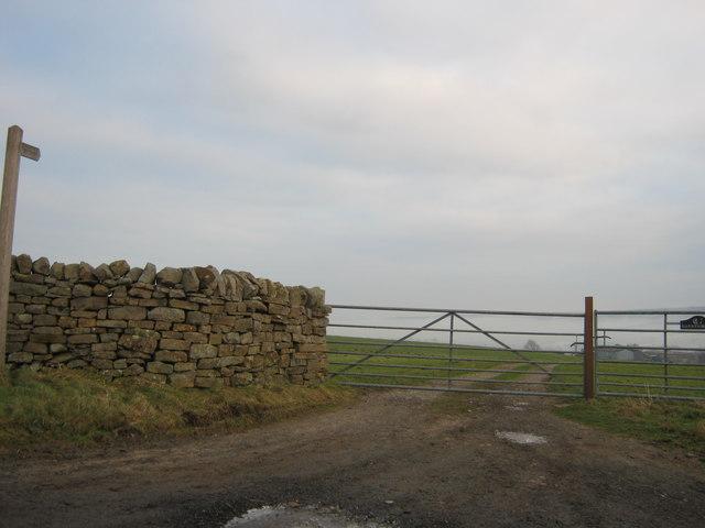 Footpath to Garnthwaite farm and beyond