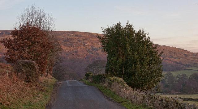 Between Cote Hill and Oak Cragg