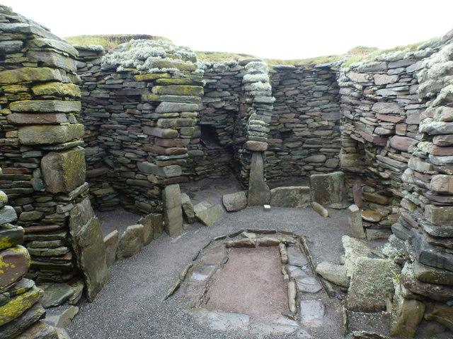 Jarlshof: inside a wheelhouse