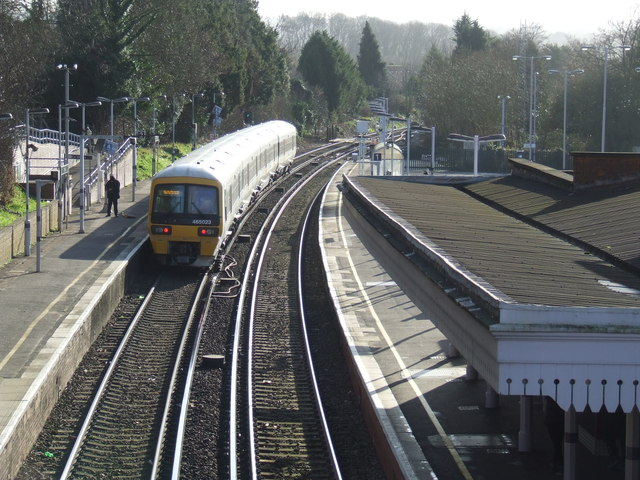 Winter sun at Otford Station