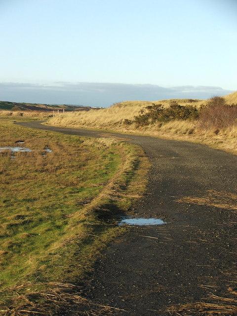 Footpath north towards Warkworth Golf Club