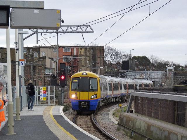 Entering Willesden Junction
