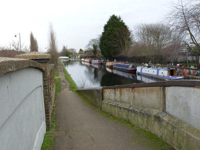 Grand Union Canal at Maypole Dock bridge