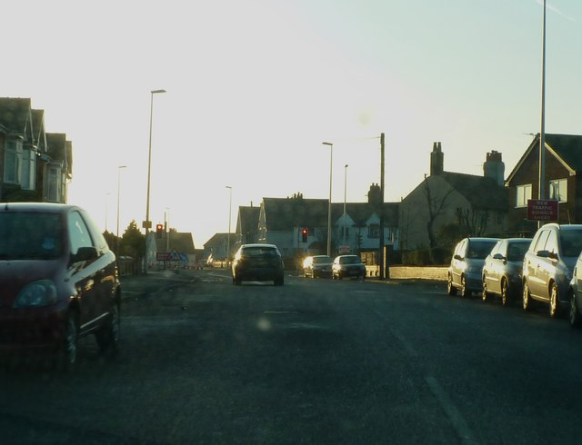 Condor Grove, approaching junction of Park Road