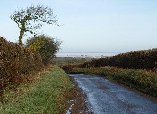 Lane north of Church Hill Cross