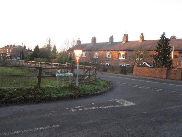 Foden Lane End cottages, Lindow End