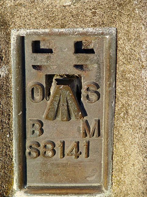 Benchmark S8141