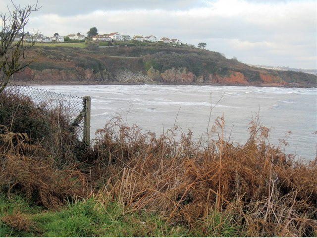 Broadsands - cliffs to the north of the bay