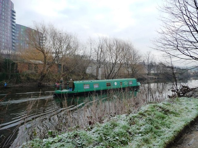 Narrowboat on the River Aire