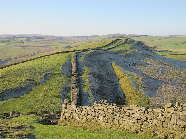 Hadrian's Wall around Caw Gap (2)
