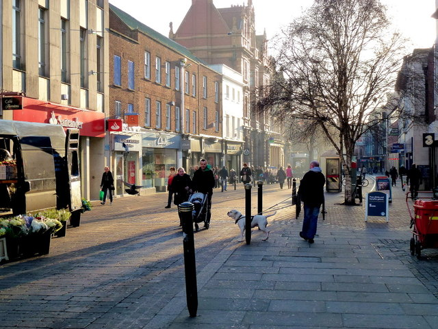 Spot the Gloucester pigeons 4