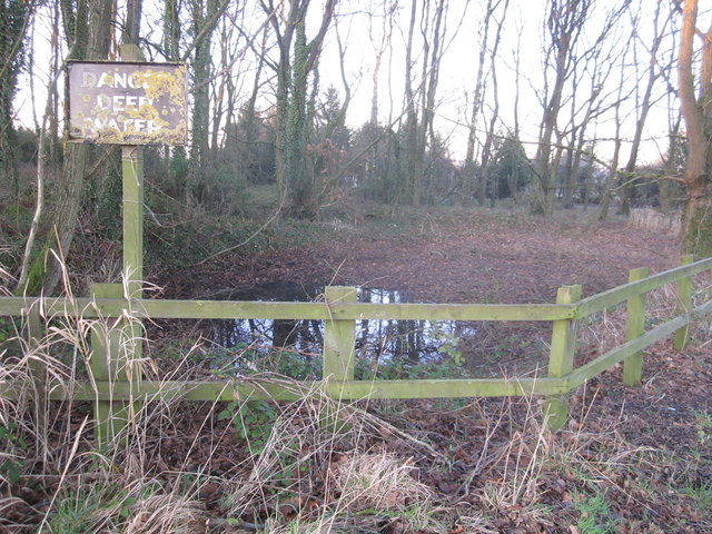 Paddockhill triangle, Mobberley - the hidden source