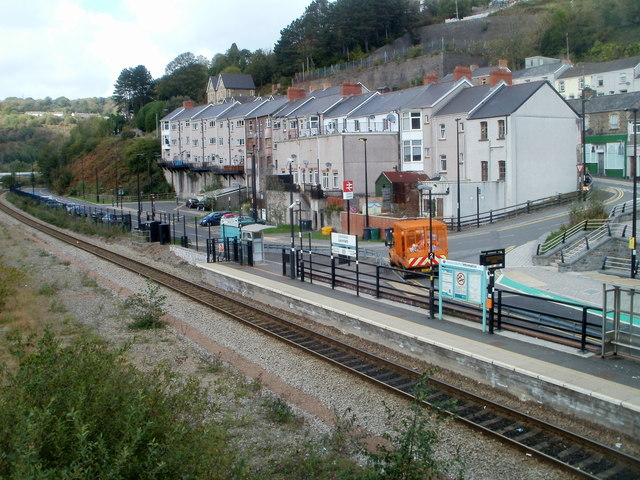 Western end of Llanhilleth railway station