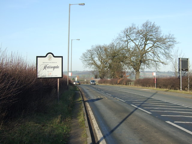 Harrogate Road (A61) heading north